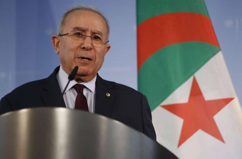 الجزائر تستدعي السفير الفرنسي على خلفية خفض عدد التأشيرات الممنوحة لمواطنيها