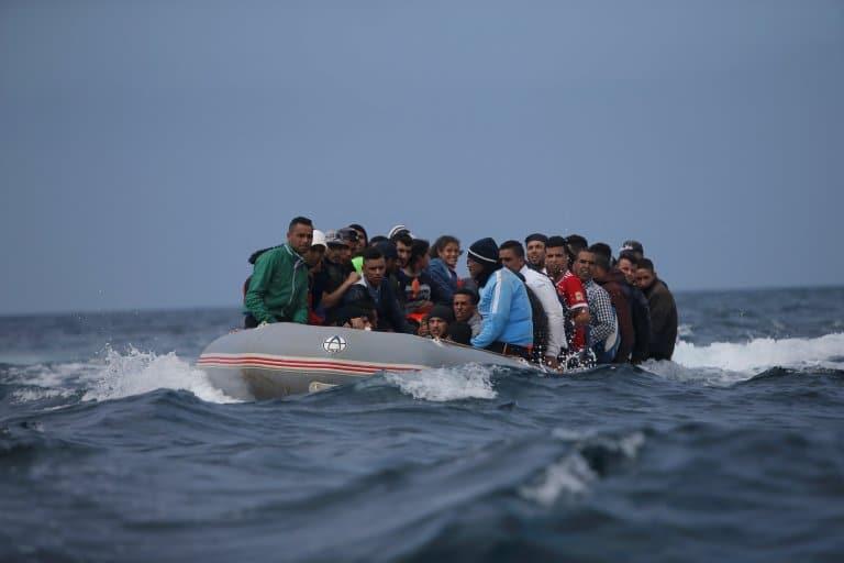تدفق أعداد كبيرة من المهاجرين الجزائريين السريين على سواحل إسبانيا يهدد أمنها