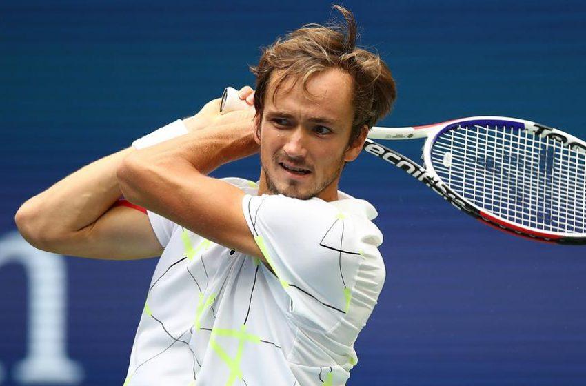 دورة إنديان ويلز لكرة المضرب: تأهل الروسي مدفيديف إلى الدور الثالث